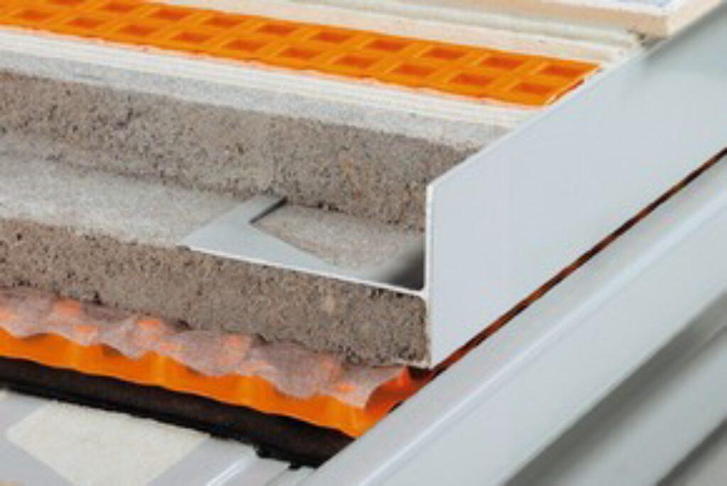 Schl.E90/R50PG vnější rohy 90° pastelově šedá BARA-R/E90° - Systémová řešení / Balkony a terasy