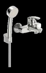 ORAS SAFIRA vanová a sprchová baterie vč.sprch. kompletu Sensiva chrom 1041U-ORAS Safira vanová a sprchová baterie včetně sprchového komplexu Sensiva (ruční sprcha Sensiva, hadice 1500 mm a háček) Připojení sprchové hadice G 1/2. Uživatelsky příjemný tvar páky, který je vhodný pro všechna užití. V baterii jsou zabudovány prvky umožňující nastavit optimální teplotu a maximální průtok vody. Vhodná do každé kopelny